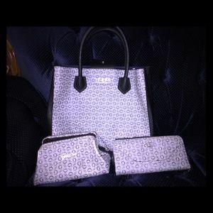 Guess Logo Purse W/ matching wallet & makeup bag